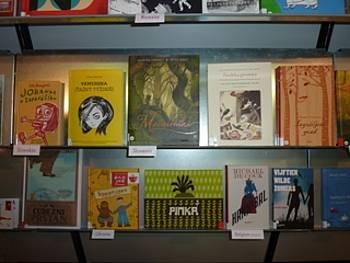 Knjige, uvrščene na seznam Bele vrane