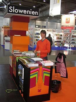 Andrej Lovšin na slovenski stojnici na knjižnem sejmu v Leipzigu 2010
