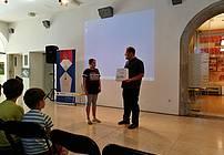 Podelitev knjižnih nagrad po zaključku nagradne igre, foto: Mojca Bergant Dražetić