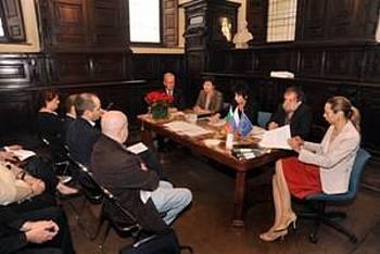 Okrogla miza o založništvu v Milanu 2012