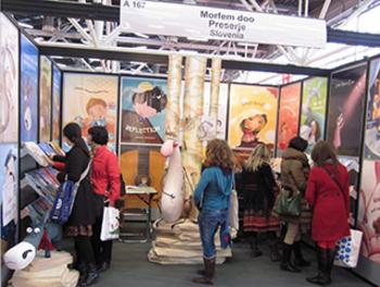 Stojnica založbe Morfem na knjižnem sejmu v Bologni 2013
