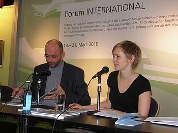 Peter Svetina in Aylin Rieger na knjižnem sejmu v Leipzigu 2010