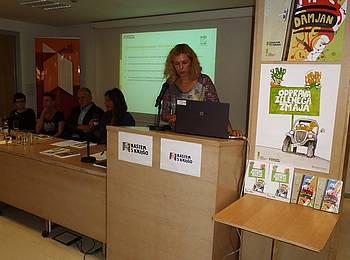 Rastem s knjigo na Strokovni sredi v Mestni knjižnici Ljubljana-2