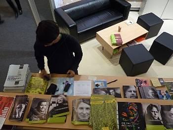 Predstavitvena gradiva slovenskih avtorjev na knjižnem sejmu v Frankfurtu 2011