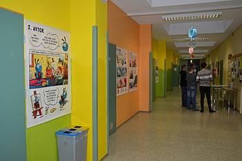 Razstava Pot knjige ob kulturnem dnevu/dnevu odprtih vrat OŠ Šalovci z naslovom Ob slovenskem kulturnem prazniku, 6. 2. 2017