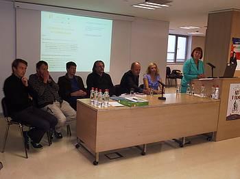 Sodelujoči na predstavitvi projekta v MKL 2013