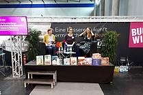 Pogovor o slovenskih otroških in mladinskih knjigah: Katja Wiebe (Int. Jugendbibliothek, München), Katja Stergar in Renata Zamida (obe JAK)