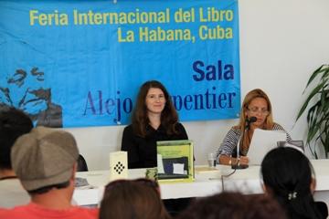 Nataša Kramberger na knjižnem sejmu na Kubi 2012
